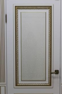 MONTE NAPOLEONE 005-2 G наличник-пилястра №1 Эмаль белая на шпоне ясеня филенка - шпон ясеня PATINATO ORO